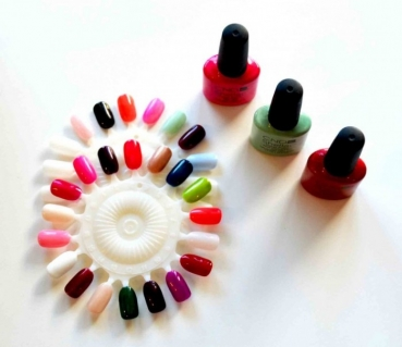 Shellac Nails are here at D&G